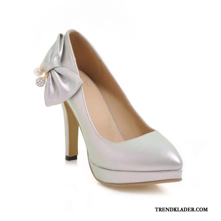 billiga högklackade skor online
