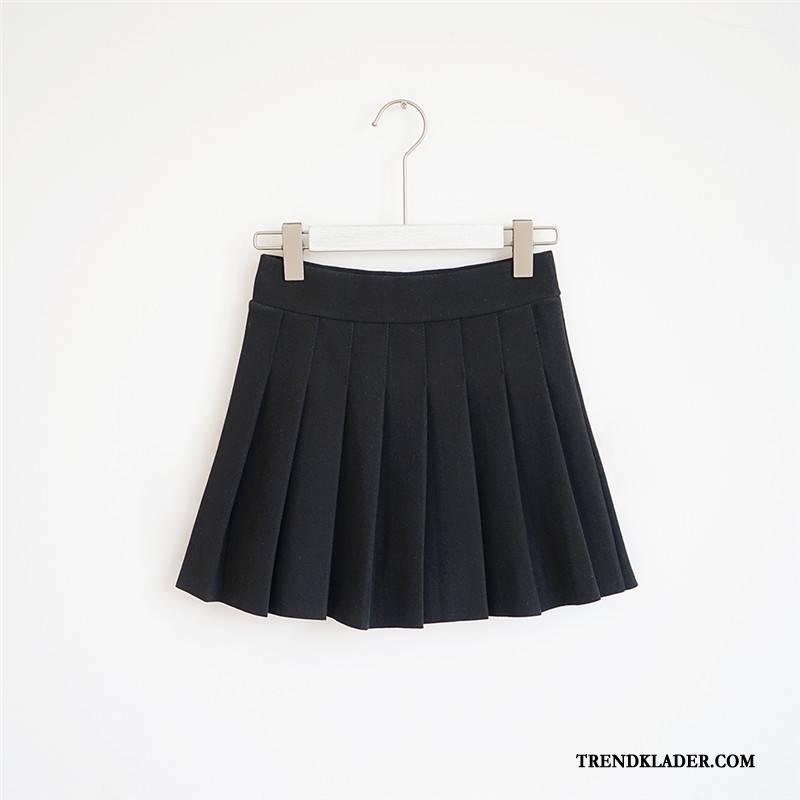 svart hög kjol