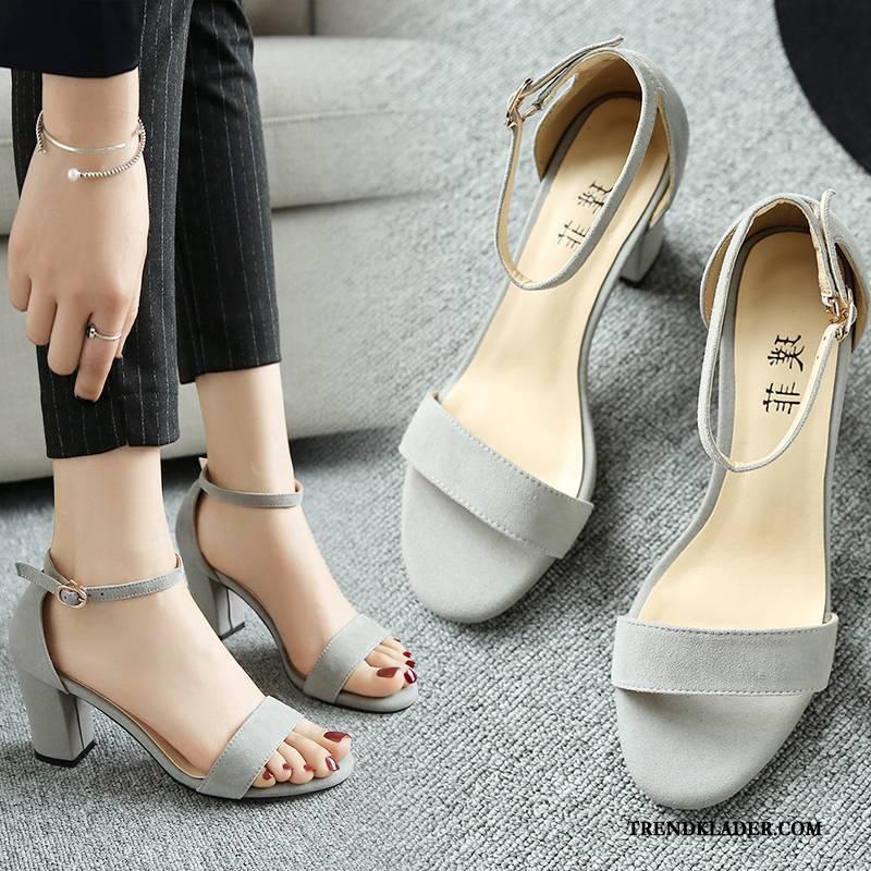 höga klackar skor